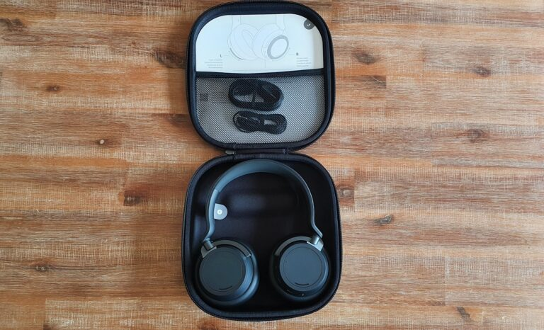 Surface Headphones 2 Box